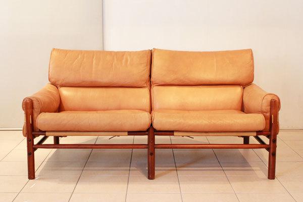 ArneNorell-2seater-sofa-02.jpg