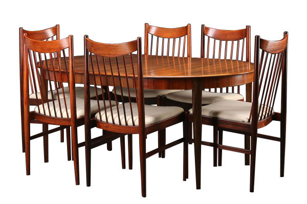 Arnr-Vodder-Dining-chair_01.jpg