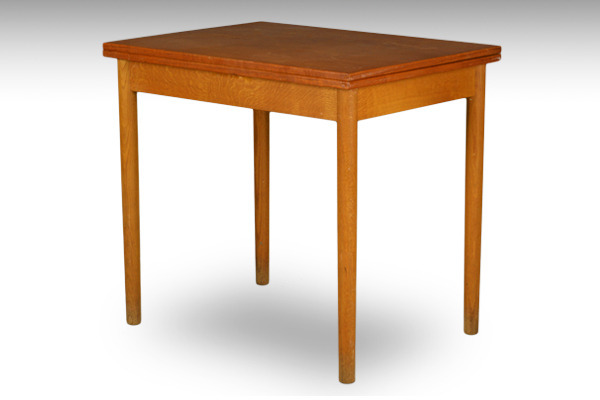 Børge-Mogensen--Folding-table--FDB-01.jpg