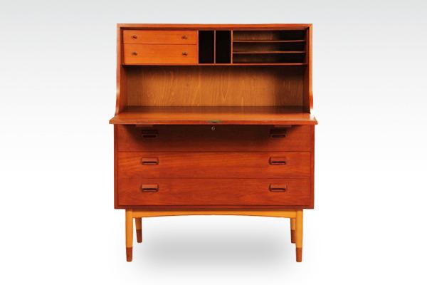 Børge-Mogensen-Writing-desk&chest-.Søborg-Møbler-03.jpg