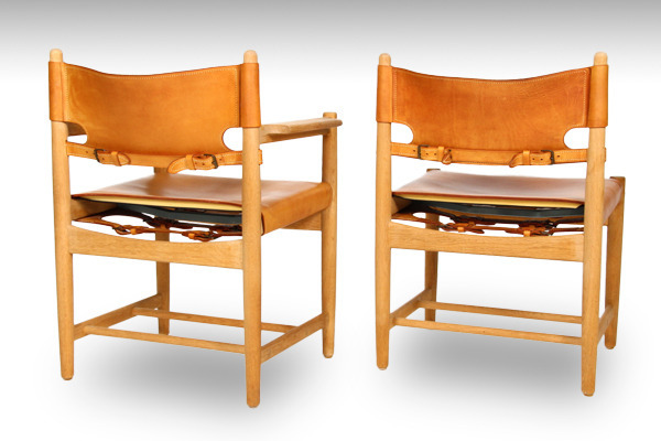 Børge-Mogensen,-a-set-of-six-Hunt-dining-chairs,-model-3237-and-3238-01.jpg
