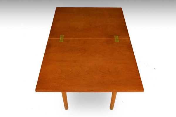 Børge Mogensen  Folding table  FDB-02.jpg