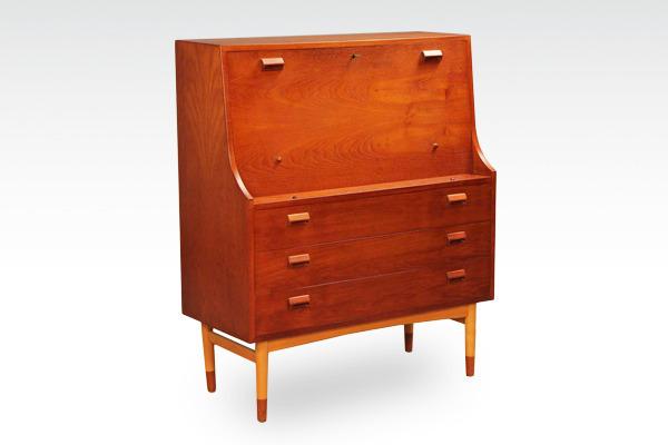 Børge Mogensen Writing desk&chest .Søborg Møbler-01.jpg