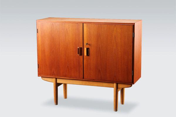 Borge-Mogensen--Cabinet-01.jpg