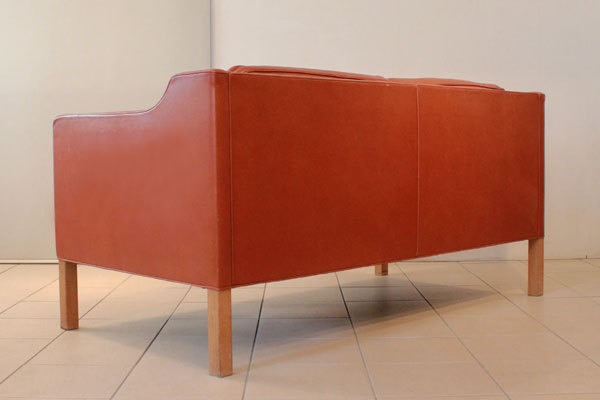 Borge-Mogensen-2212-sofa-04.jpg