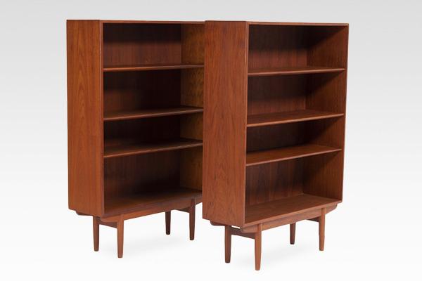 Borge Mogensen  Bookcase  Soborg Mobler.jpg