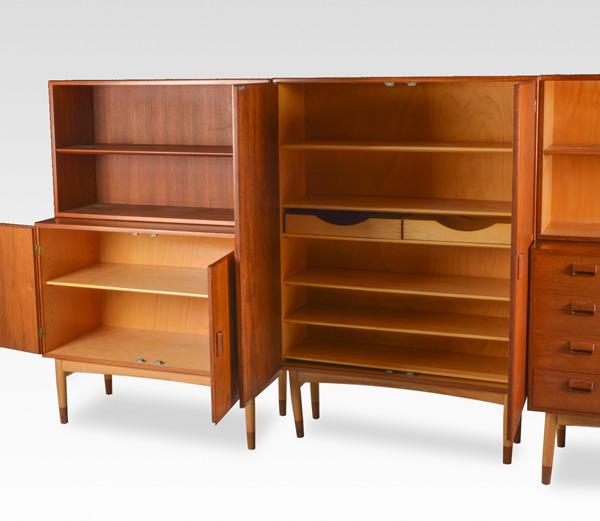 Borge Mogensen  Cabinet Søborg Mobler (2).jpg