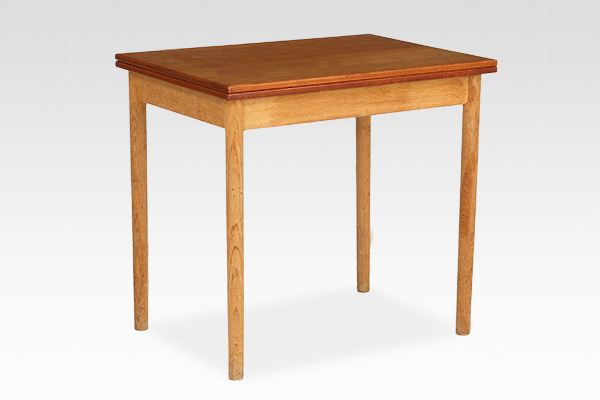 Borge Mogensen  Folding table  FDB (1).jpg