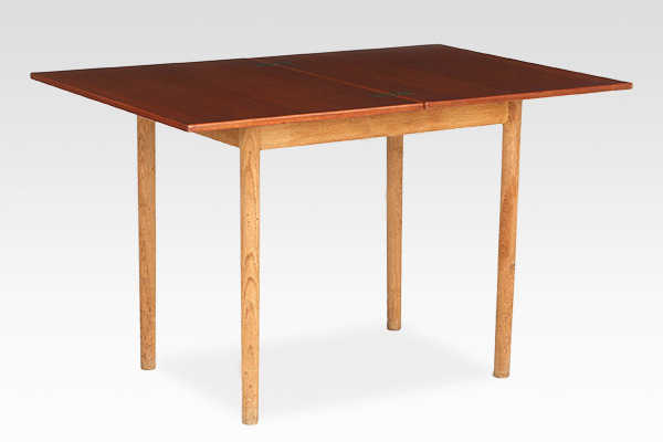 Borge Mogensen  Folding table  FDB (2).jpg
