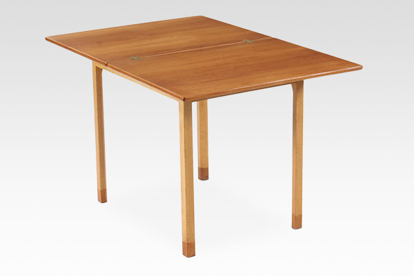 Borge Mogensen  Folding table  FDB (5).jpg