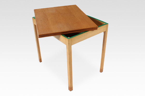 Borge Mogensen  Folding table  FDB (7).jpg