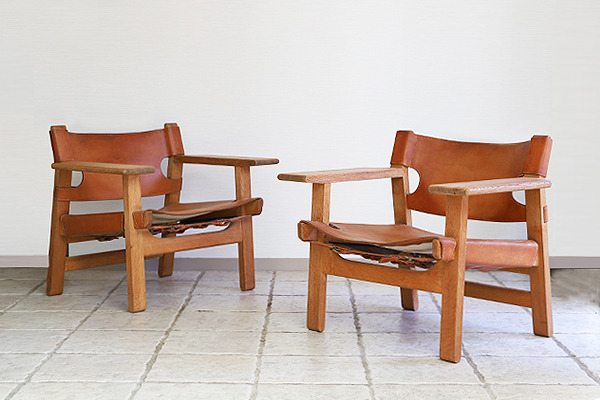 Borge Mogensen  Spanish Chairs  Fredericia (4).jpg