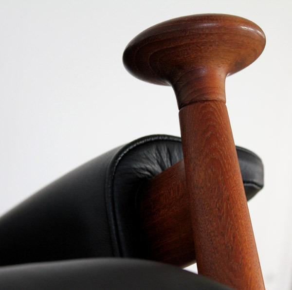 Bwana-Chair05.jpg
