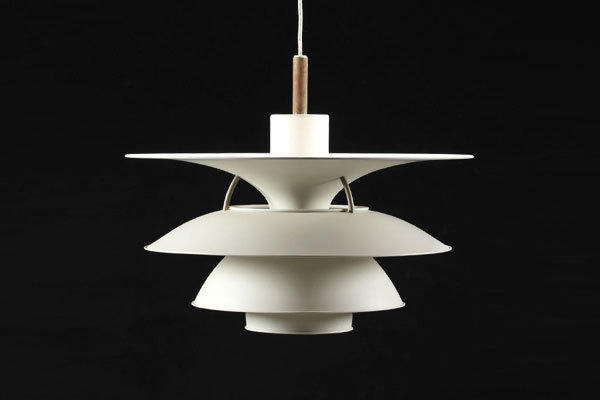 Charlottenborg lamp-01.jpg