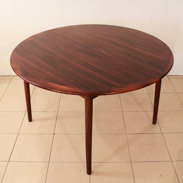 Danish-Rosewood-Dining-set-05.jpg
