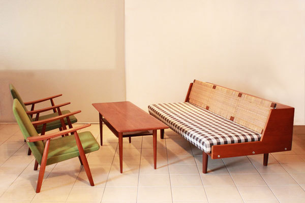 Daybed-Teak-and-Cane-03.jpg