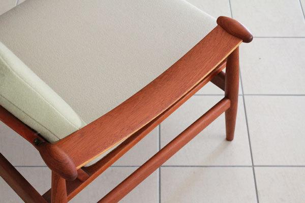 Finn-Juhl--Spade-chair-FD133-05.jpg