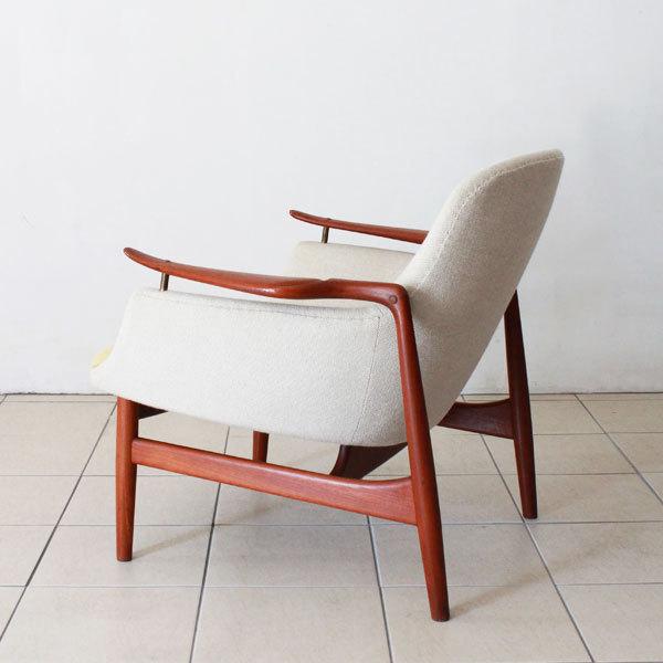 Finn-Juhl-Easy-chair-NV53-04.jpg
