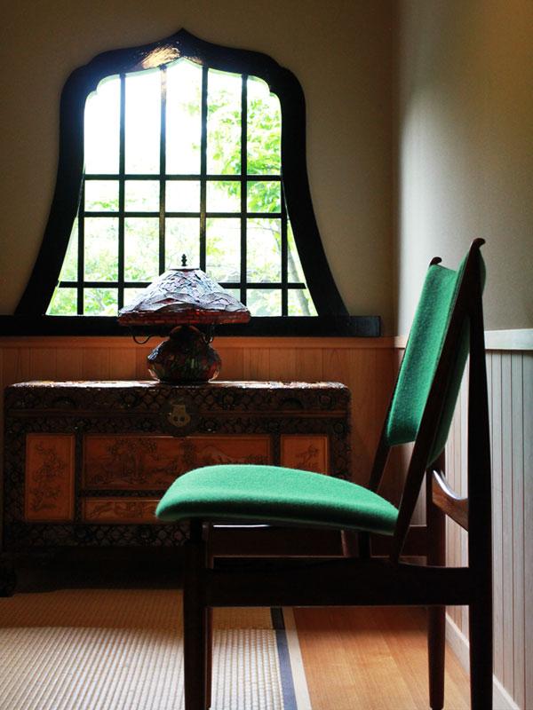 Finn-Juhl-Egyptian-Chair-teak-11.jpg