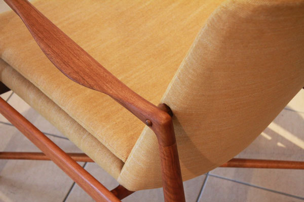 Finn-Juhl-easy-chair-BO59-05.jpg