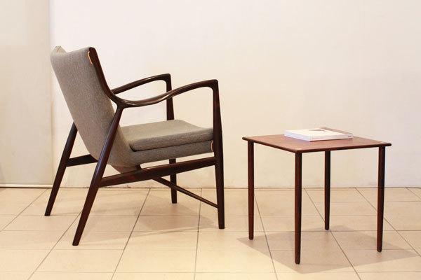 Finn-Juhl-easy-chair-FJ45-01.jpg