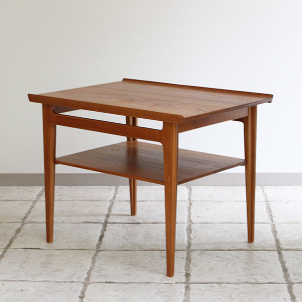 Finn Juhl  Coffee table FD-533  France & Son (2).jpg