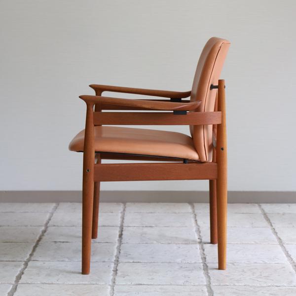 Finn Juhl  Dining chair. FD192  France & son (10).jpg