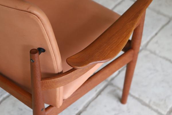 Finn Juhl  Dining chair. FD192  France & son (4).jpg