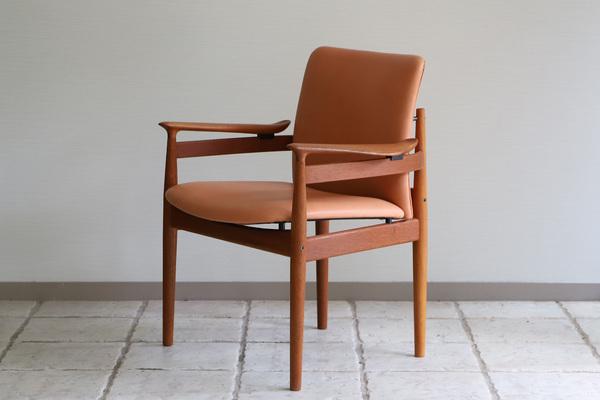 Finn Juhl  Dining chair. FD192  France & son (7).jpg