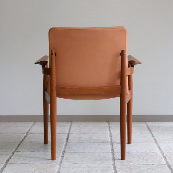 Finn Juhl  Dining chair. FD192  France & son (8).jpg