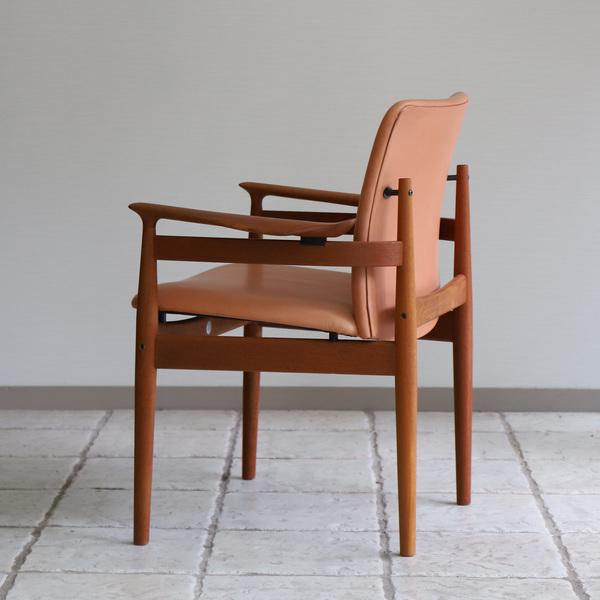 Finn Juhl  Dining chair. FD192  France & son (9).jpg