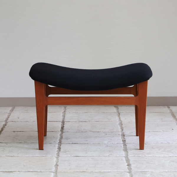 Finn Juhl  Easy chair. FD-138  & ottoman France and son (13).jpg