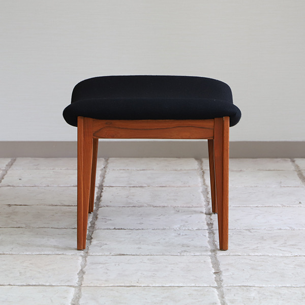 Finn Juhl  Easy chair. FD-138  & ottoman France and son (15).jpg