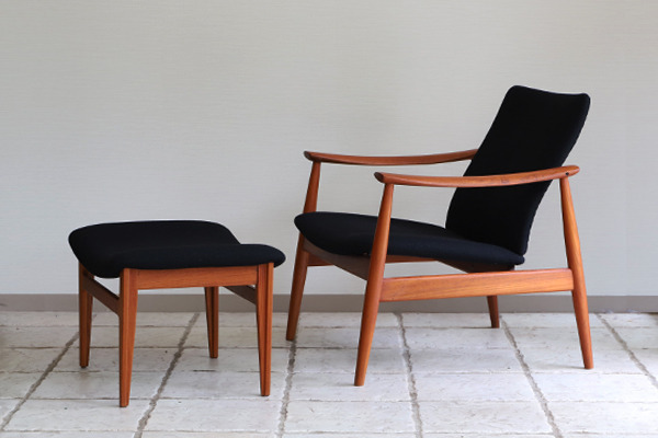 Finn Juhl  Easy chair. FD-138  & ottoman France and son (19).jpg