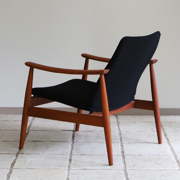 Finn Juhl  Easy chair. FD-138  & ottoman France and son (22).jpg