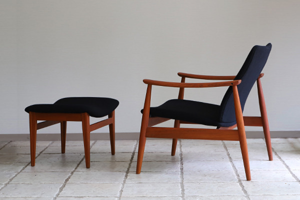 Finn Juhl  Easy chair. FD-138  & ottoman France and son (24).jpg