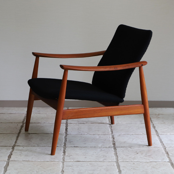 Finn Juhl  Easy chair. FD-138  & ottoman France and son (25).jpg