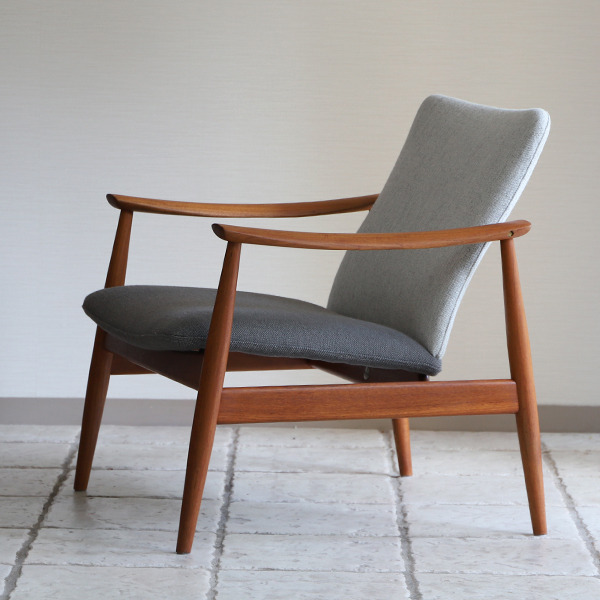 Finn Juhl  Easy chair. FD-138  France and son-02 (13).jpg
