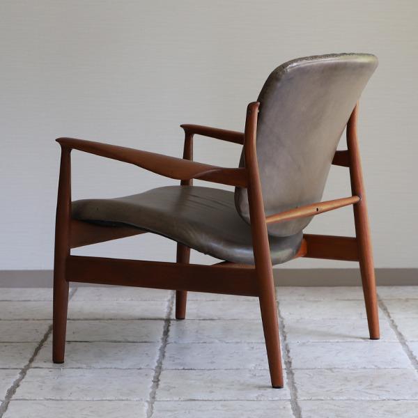 Finn Juhl  Easy chair. FD136  France & Son (3).jpg