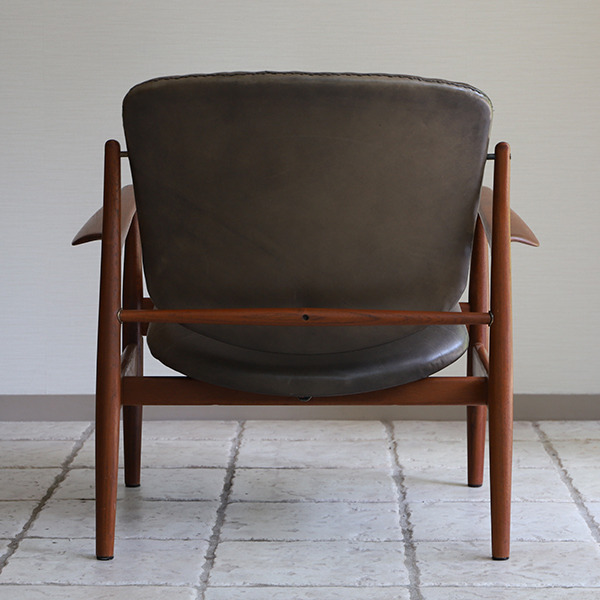 Finn Juhl  Easy chair. FD136  France & Son (4).jpg