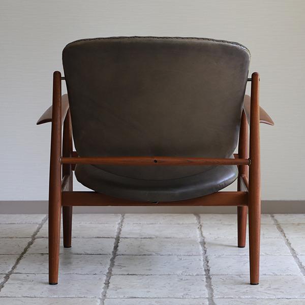 Finn Juhl  Easy chair. FD136  France & Son (4).jpg