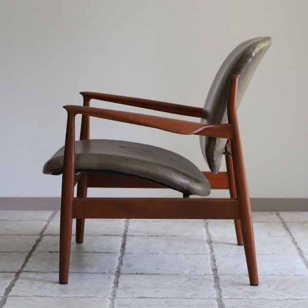 Finn Juhl  Easy chair. FD136  France & Son (6).jpg