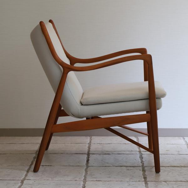 Finn Juhl  Easy chair. NV45 Teak  Niels Vodder (5).jpg