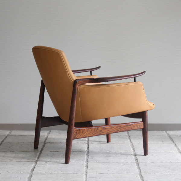 Finn Juhl  Easy chair. NV53 Rosewood Niels Vodder-1 (8).jpg