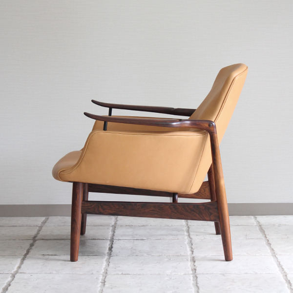 Finn Juhl  Easy chair. NV53 Rosewood Niels Vodder-1 (9).jpg