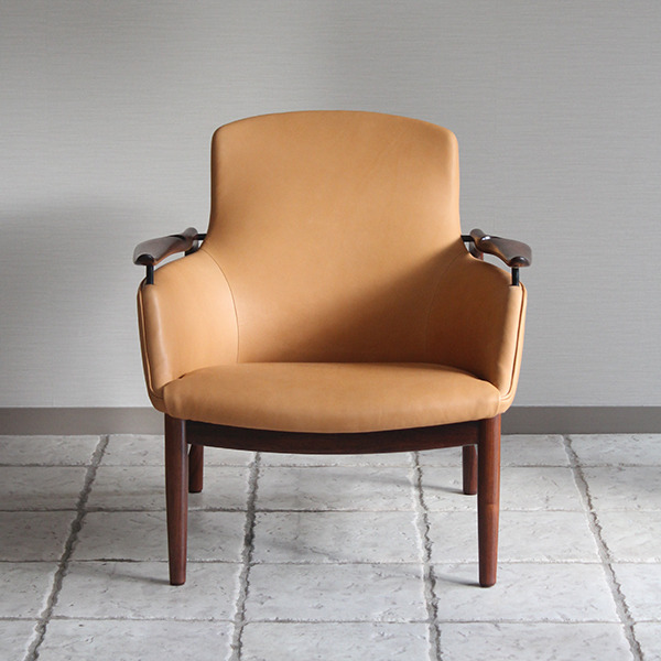 Finn Juhl  Easy chair. NV53 Rosewood Niels Vodder-2 (1).jpg