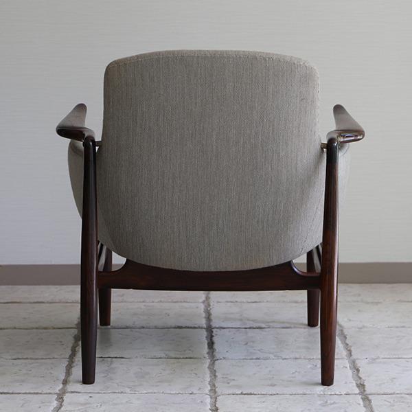 Finn Juhl  Easy chair. NV53 Rosewood Niels Vodder (10).jpg