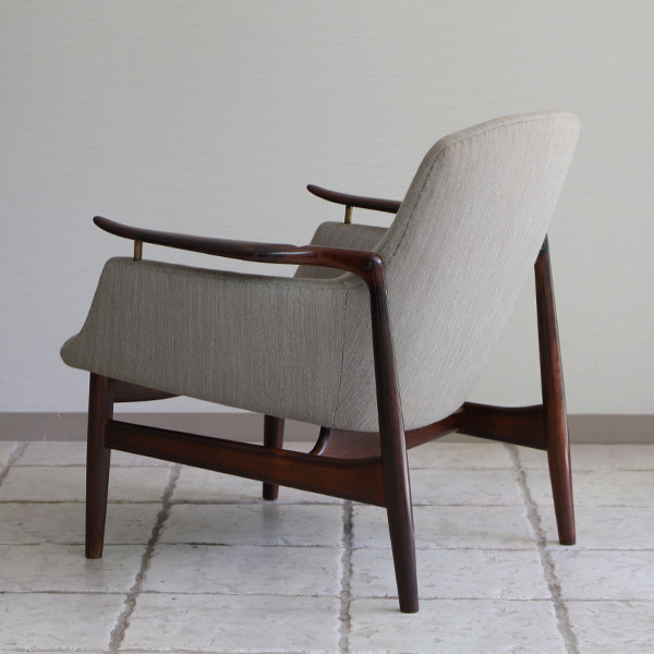 Finn Juhl  Easy chair. NV53 Rosewood Niels Vodder (9).jpg