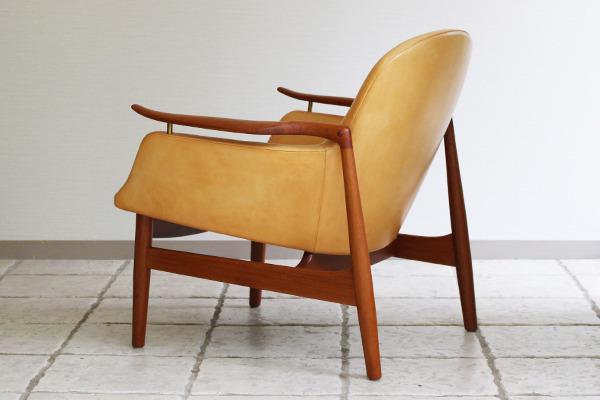 Finn Juhl  Easy chair. NV53 Teak  Kitani (10).jpg