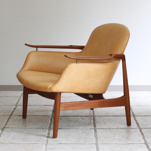 Finn Juhl  Easy chair. NV53 Teak  Kitani (6).jpg